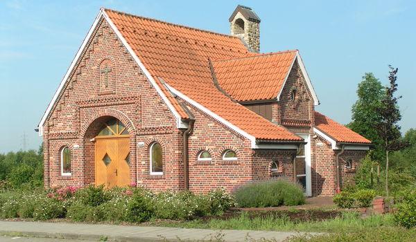 Ökumenische Autobahnkapelle in Geeste an der A 31 2.jpg